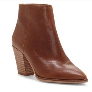 Lucky Brand leather back zip heeled booties